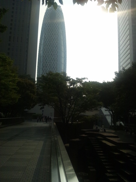 Good morning, Shinjuku. This picture makes it seem like an overcast and dark day. If only...