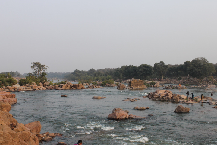 The Betwa River in Orchha
