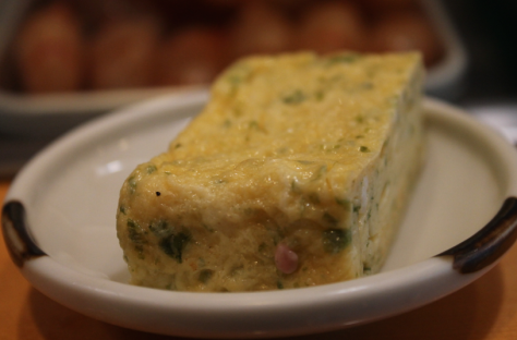 Tamago (egg, 玉子) isn't a sushi offering that you usually think of, but the light, fluffy cake broke up the meal well. Not very exciting, but still delicious.