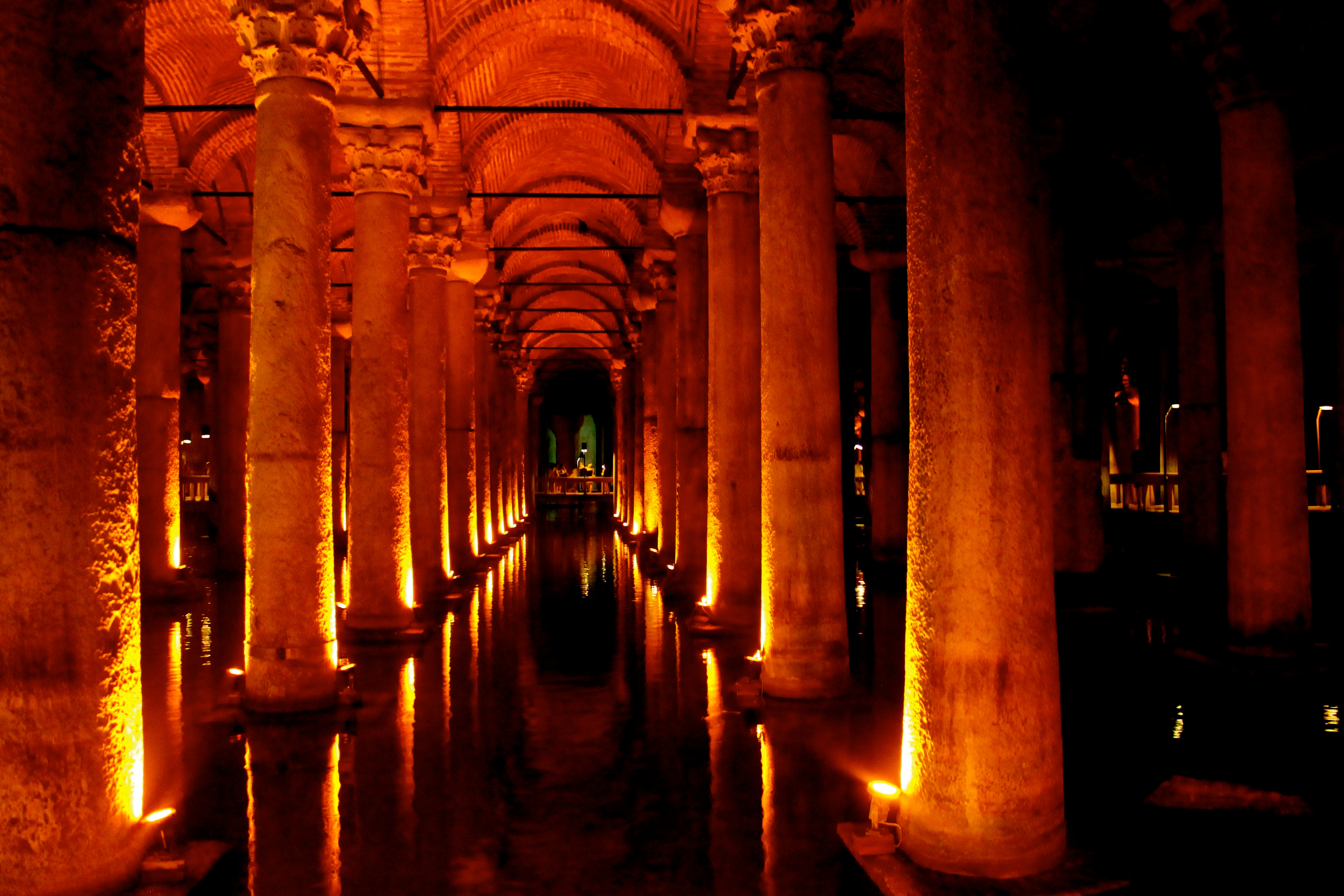 Beneath Istanbul Lies the Basilica Cistern | The ...