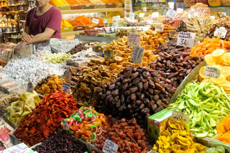 Dried dates, mangos, pineapples, tomatoes, apricots, and figs are only a few of the snacks available at the Spice Market.