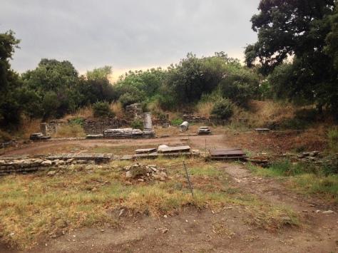 Ruins, ruins everywhere.